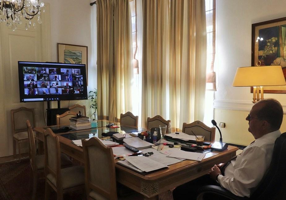 Χωρίς δοξολογία η φετινή επέτειος της 28ης Οκτωβρίου – τηλεσύσκεψη των περιφερειαρχών με τον πρωθυπουργό Κ. Μητσοτάκη με θέμα την πανδημία