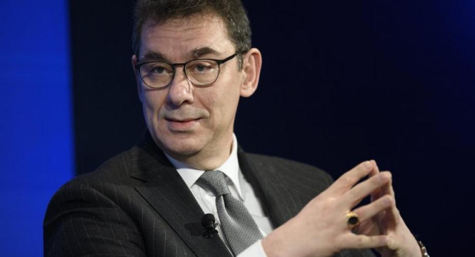 Εκστασιασμένος ο Έλληνας CEO της Pfizer: «Η σημερινή είναι μία μεγάλη ημέρα για την επιστήμη και την ανθρωπότητα»