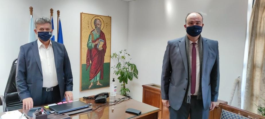 Ευχές από τον αντιπεριφερειάρχη Τάσο Γκιολή στο Δήμαρχο Κορινθίων Βασίλη Νανόπουλο