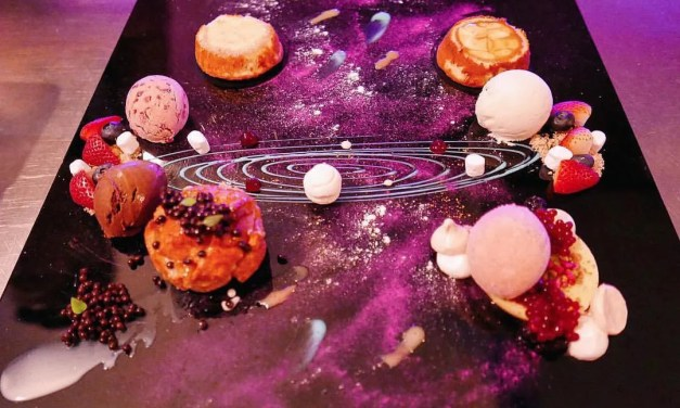 These are not paintings of galaxies but ACTUAL cakes!