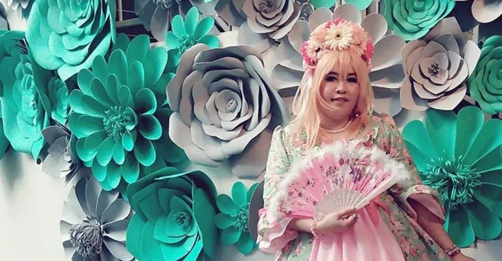 Keeping the Malaysian Lolita culture going through dressmaking