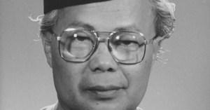 ESEI   Ismail Hussein dan Sastera Kebangsaan