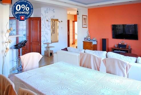 zdjęcie przedstawia salon w apartamencie do sprzedaży w Lubinie
