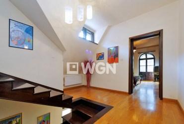 zdjęcie przedstawia komfortowe wnętrze posiadłości na wynajem w okolicy Tarnowa