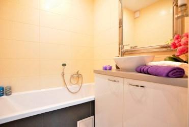fragment ekskluzywnej łazienki w apartamencie do sprzedaży w Białymstoku