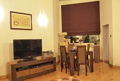 na zdjęciu widok z salonu na jadalnię w luksusowym apartamencie w Szczecinie na sprzedaz