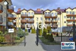 widok na osiedle w Legnicy, na którym znajduje się oferowany na sprzedaż, luksusowy apartament