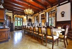 widok na jadalnię w luksusowej willi w Szklarskiej Porębie na sprzedaż