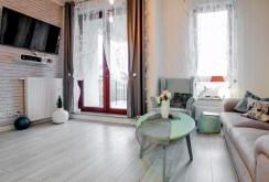 salon sfotografowany z innej perspektywy w apartamencie do sprzedaży w Szczecinie