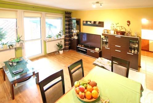 zdjęcie przedstawia wnętrze luksusowego apartamentu do sprzedaży w okolicach Szczecina