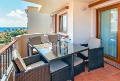 widok na taras przy apartamencie do sprzedaży w Hiszpanii