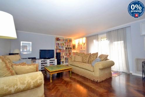 na zdjęciu salon w luksusowym apartamencie do sprzedaży w Radomiu
