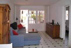zdjęcie prezentuje luksusowe wnętrze apartamentu do sprzedaży w Hiszpanii