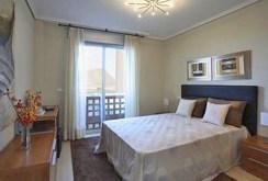 na zdjęciu ekskluzywna sypialnia w apartamencie w Hiszpanii do sprzedaży