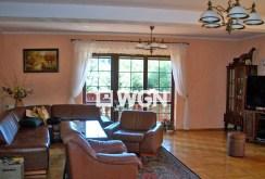 komfortowy i luksusowy salon w apartamencie do sprzedaży w okolicy Bielska-Białej