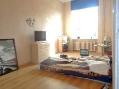 na zdjęciu elegancka sypialnia w apartamencie w Gorzowie Wielkopolskim na sprzedaż