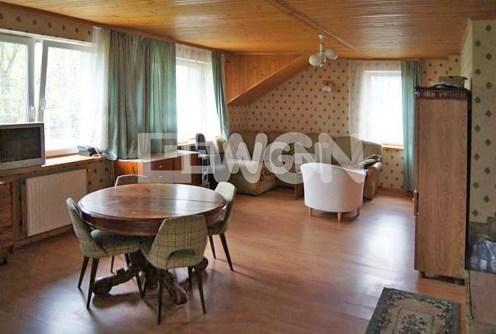 na zdjęciu wnętrze nowoczesnej willi do sprzedaży w Krakowie