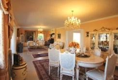 elegancki salon w komfortowej willi do sprzedaży w Szczecinie