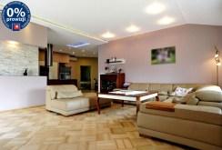 przestronne wnętrze luksusowej willi do sprzedaży w Katowicach