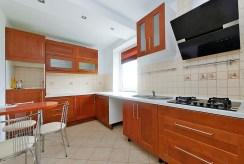 nowoczesna kuchnia w luksusowym apartamencie do sprzedaży w Tarnowie