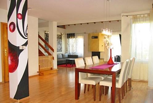 ekskluzywny salon w luksusowej willi do sprzedaży w okolicy Torunia