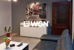 widok z innej perspektywy na salon w luksusowym apartamencie na sprzedaż w okolicach Katowic