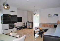komfortowy salon w ekskluzywnej willi w Zgorzelcu na sprzedaż
