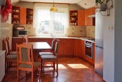 umeblowana i urządzona kuchnia w ekskluzywnej willi w okolicach Głogowa na sprzedaż