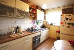 umeblowana i urządzona kuchnia w ekskluzywnym apartamencie w Szczecinie na sprzedaż