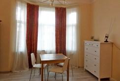 luksusowy gabinet w ekskluzywnym apartamencie do wynajmu we Wrocławiu
