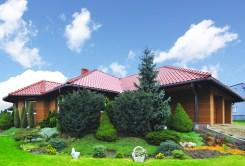 widok od strony ogrodu na luksusową willę do sprzedaży w okolicy Katowic