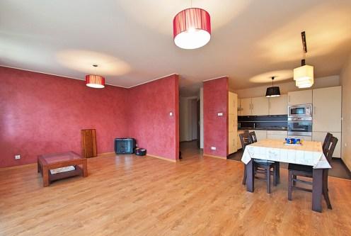 ekskluzywny saloon w luksusowym apartamencie do sprzedaży w Tarnowie