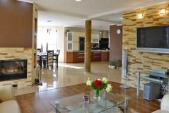 przestronne, luksusowe wnętrze ekskluzywnej willi do sprzedaży w Kwidzynie