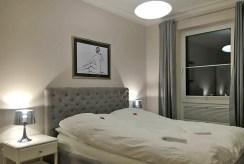 elegancka sypialnia w ekskluzywnym apartamencie w Szczecinie na wynajem