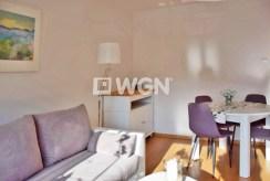 jedno z komfortowo wyposażonych pokoi w ekskluzywnym apartamencie w Słupsku na wynajem