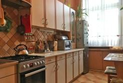 umeblowana kuchnia w luksusowym apartamencie we Wrocławiu na sprzedaż