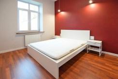 elegancka, zaciszna i prywatna sypialnia w luksusowym apartamencie w Suwałkach na wynajem