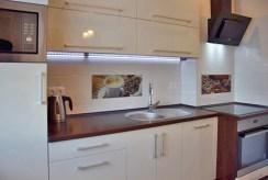fragment nowoczesnej kuchni w luksusowym apartamencie w Słupsku na wynajem