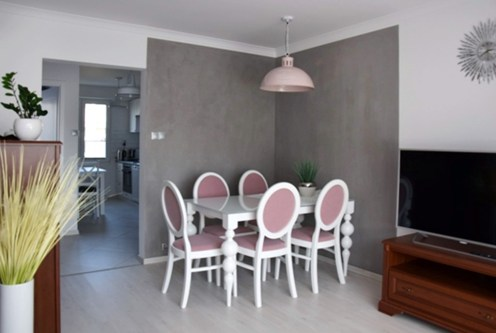 luksusowe wnętrze salonu w ekskluzywnym apartamencie do wynajęcia w Słupsku