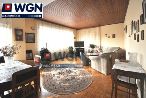 stylowy salon w ekskluzywnej willi do sprzedaży w okolicach Częstochowy