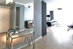 luksusowy przedpokój w ekskluzywnym apartamentu do wynajmu w Szczecinie