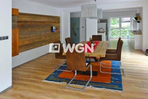 nowoczesny salon w ekskluzywnej willi do sprzedaży w okolicach Bielska-Białej