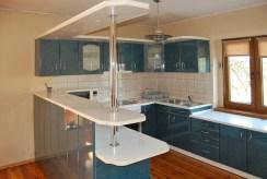 komfortowo umeblowana i urządzona kuchnia w luksusowej willi w okolicach Torunia na sprzedaż