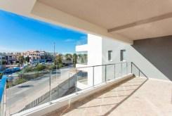taras z imponującym widokiem przy luksusowym apartamencie w Hiszpanii na sprzedaż