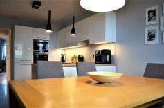 nowoczesna kuchnia w luksusowym apartamencie w Szczecinie na sprzedaż