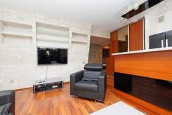 fragment stylowo urządzonego salonu w ekskluzywnym apartamencie do wynajmu w Tarnowie