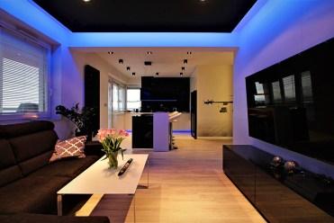 nowoczesny salon w ekskluzywnym apartamencie do sprzedaży Kraków