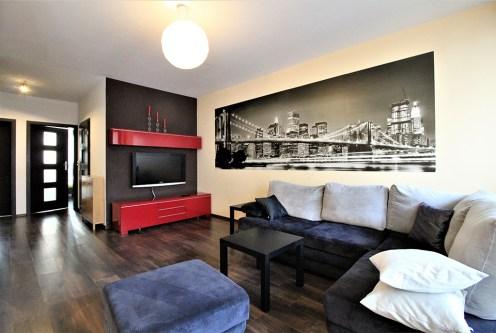 nowoczesny salon w ekskluzywnym apartamencie do wynajęcia Kraków
