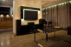 fragment prestiżowego salonu w luksusowym apartamencie do sprzedaży Szczecin