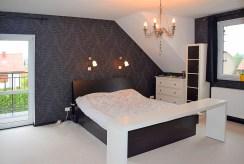 zaciszna, prywatna sypialnia w luksusowej willi Wrocław (okolice) na sprzedaż